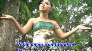 Kiki Anggun - mendem roso