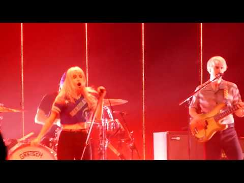Paramore - Told You So | 013, Tilburg