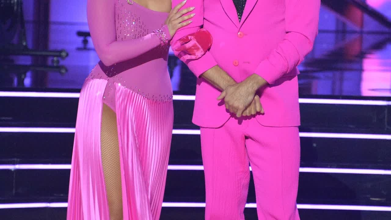 'DWTS' pro Cheryl Burke tests positive for COVID, tearfully ...