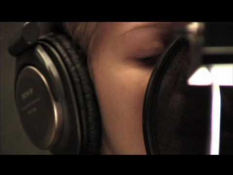 Kelly Clarkson - Sober live acoustic version