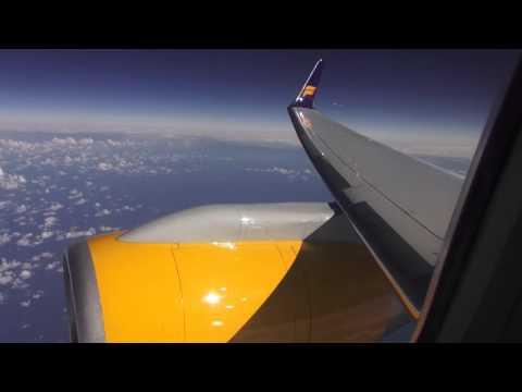 Flight Amserdam to Iceland with Icelandair Boeing 757