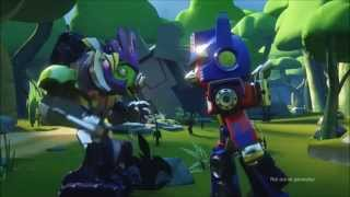 ANGRY BIRDS TRANSFORMERS COMIC CON TRAILER