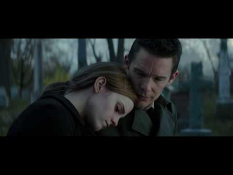 Emma Watson and Ethan Hawke kissing scene in Regression
