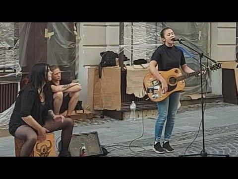 Видео: Уличные таланты | КРАСИВЫЙ ГОЛОС!