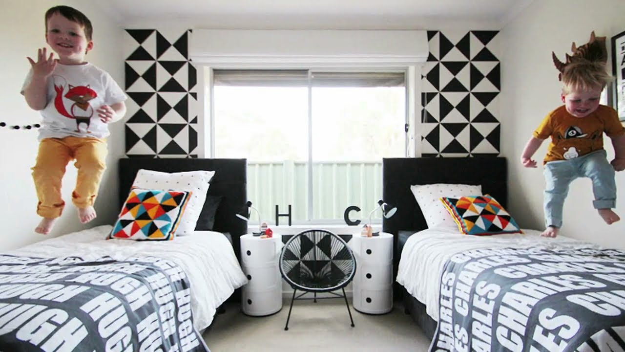 Black & White In Boys' Room Decor