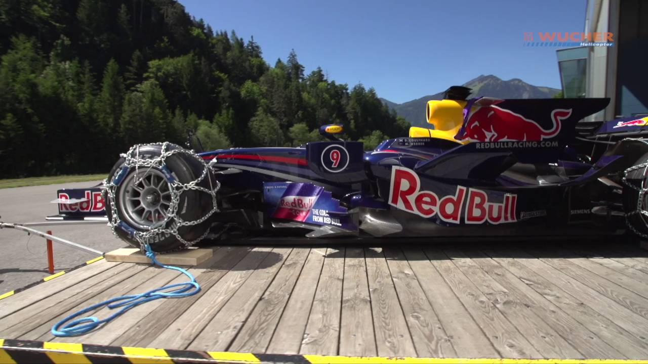 Formel 1 Show Run on Snow: Zweiter Flug für Red Bull Formel 1 Bolide ...