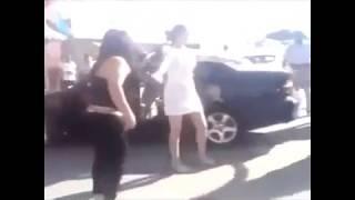 Беспредел полиции в азербайджане - Полицейский бьет даже женщин !!!