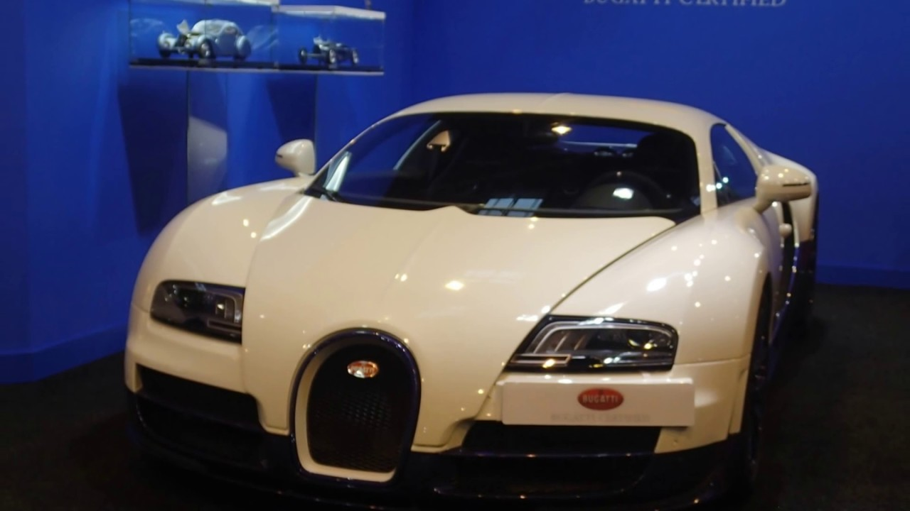 salon 2 r tromobile 3 bugatti veyron youtube. Black Bedroom Furniture Sets. Home Design Ideas