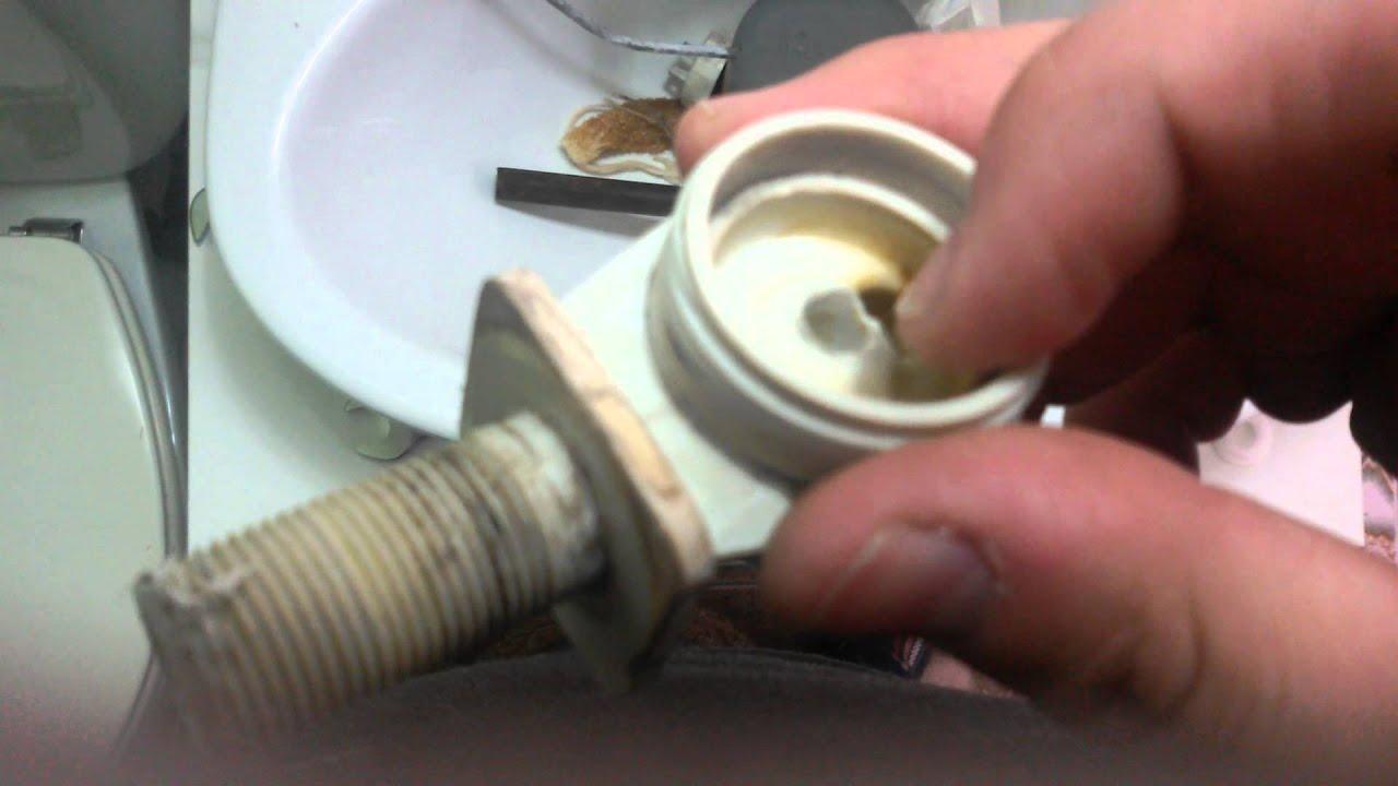 Cambiar flotador cisterna roca tornillos fijacion wcbid for Retrete leroy merlin