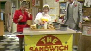 No. 73: Series 5: Sandwich Quiz Montage: TXN 1985