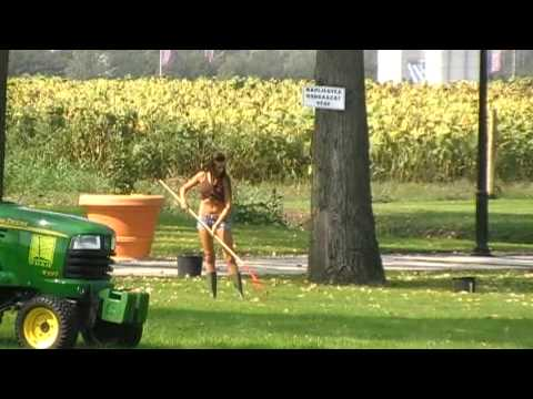 3 Girls And 1 Lawnmower Must See Youtube
