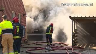 Schuur in de brand in Blijham