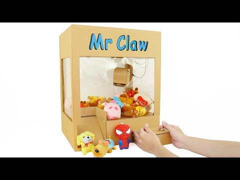 how-to-make-powered-claw-machine-from-cardboard