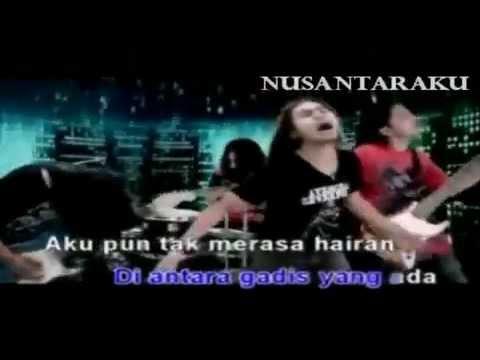 Kristal - Penasaran [Music Video]