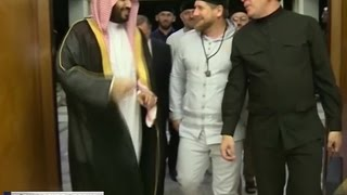 Ради Кадырова и его семьи открыли Каабу в Мекке
