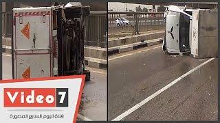 بالفيديو.. انقلاب سيارة محملة بالسولار أعلى محور صفط اللبن