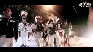 Banda Tierra Sagrada ft  Colmillo Norteño   El Bueno y el malo Video Oficial