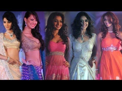 Neeta Lulla Shehnai 2013 Fashion Show   Sonal Chauhan, Vidya Malvade, Bhagyashree