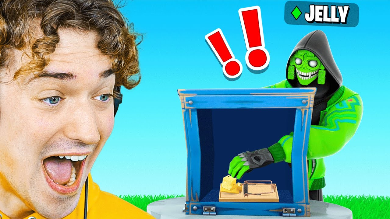 GUESS WHATS IN The BOX TO WIN! (Fortnite)