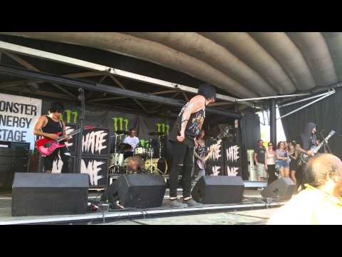 Escape The Fate - One For The Money (Live)