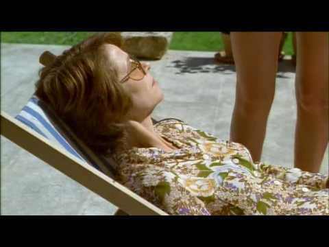 Swimming Pool _ Trailer Español