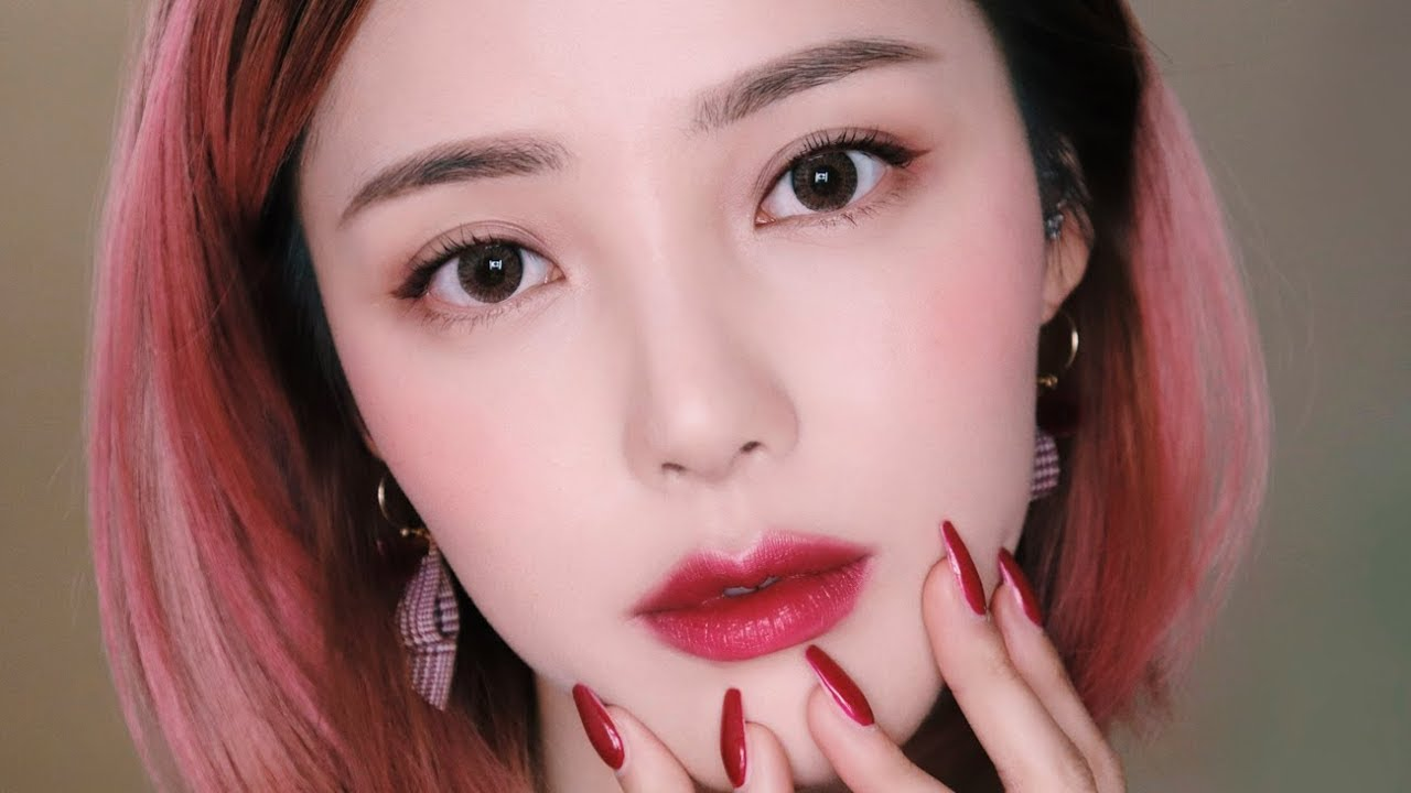 Plum Makeup (With subs) 자두 메이크업