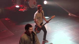 A Day To Remember - The Plot To Bomb The Panhandle live with balloons @ ab Brussels HD