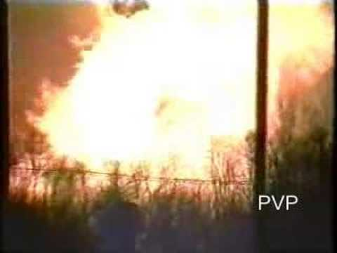 Edison Natural Gas Explosion - Durham Woods - YouTube
