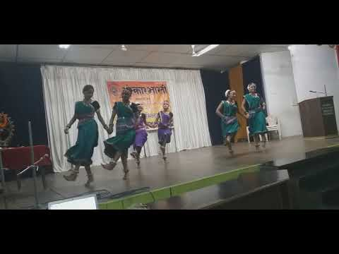 Mith Mith Lage Maya Ke Bani Group Dance Performance