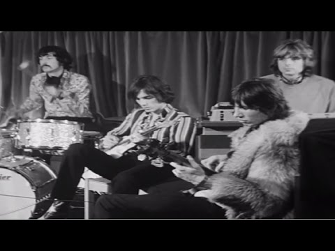 Pink Floyd - Instrumental Improvisation 1967  Full HD  (The Early Years - Cambridge station)