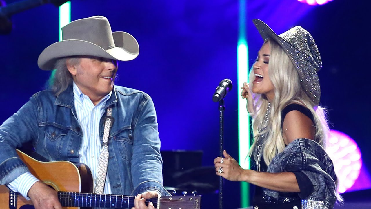 Carrie Underwood Sings —AND DANCES — With Dwight Yoakam!