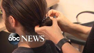 Is the 'Man Bun' Contributing to Baldness? thumbnail