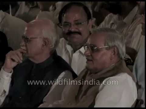 LK Advani and Atal Bihari Vajpayee take oath in New Delhi