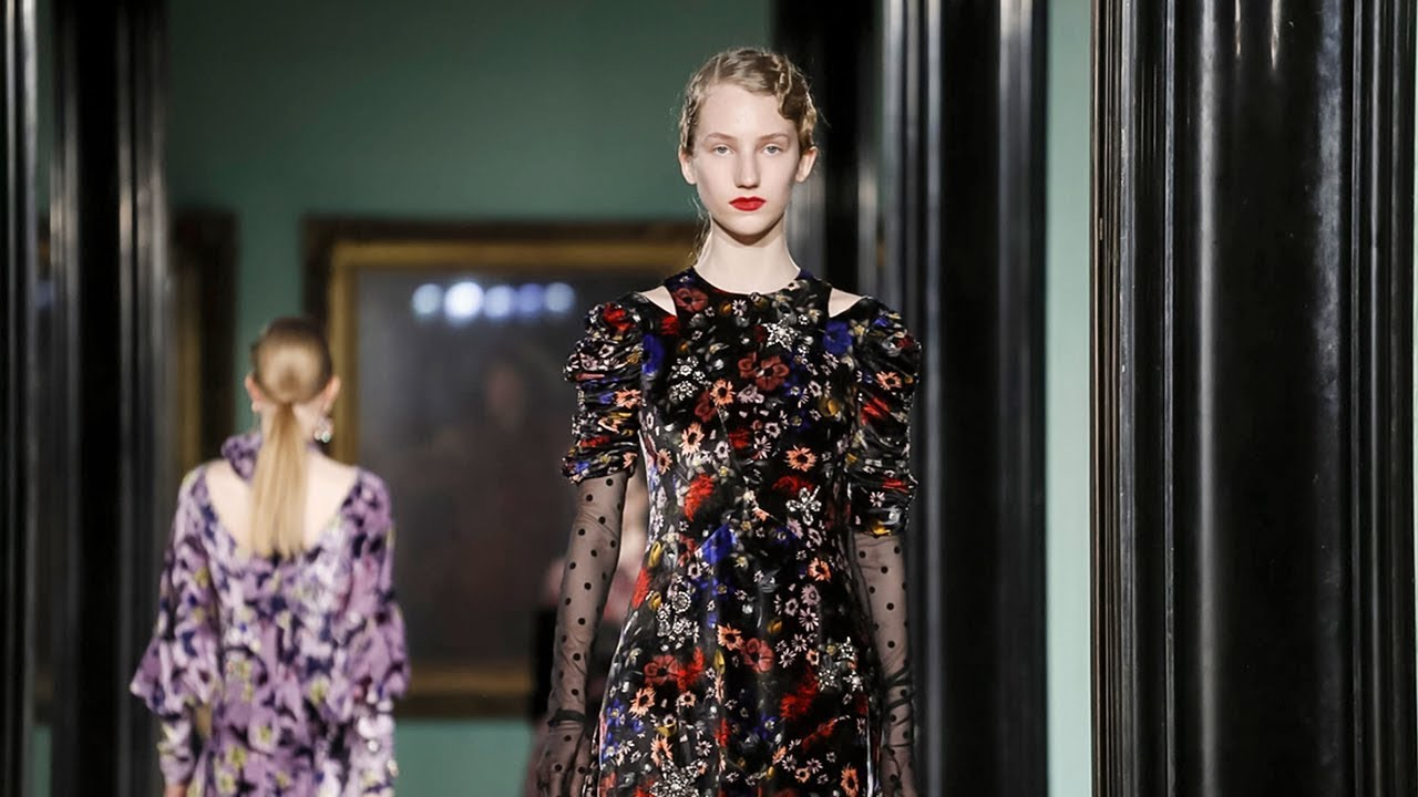 images Giles Couture Fall 2019 Collection Channels Lady Ottoline Morrell