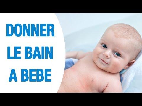 Donner Le Bain A Bebe Youtube