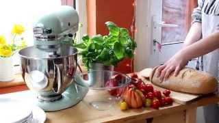 Easy Panzanella Salad