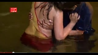 Repeat youtube video New Hot Bhojpuri  Song |  very Hot & Sexy song 2015 | Chhoti Re Umariya   | Hot Sexy Song In water