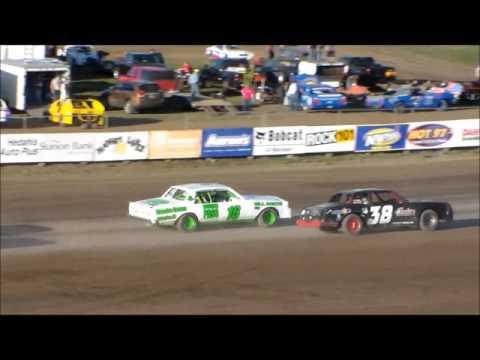 Dacotah Speedway Hobby Stock Heats (5/5/17)