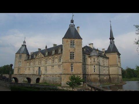 Pourquoi chercher plus loin ch teaux de bourgogne youtube for Le chateau le plus beau du monde