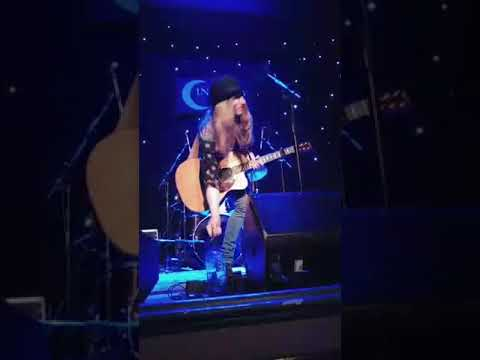 Sawyer Fredericks Infinity Hall Norfolk adulkat7 12 23 17