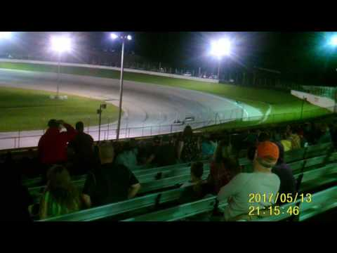 Lebanon I 44 Speedway   Modified feature  5-13-17