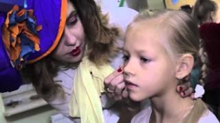 видео Что подарить маме на 51-52 года