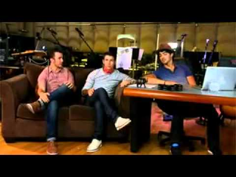 Jonas Brothers Live Chat   Part 1