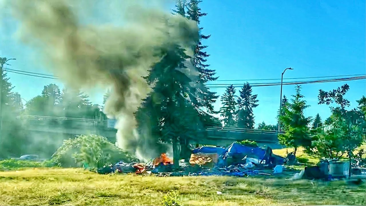 Download What Downtown Portland Looks Like in 2021 (Part 3): Blue Tarps Freeway and Blazing Landfill