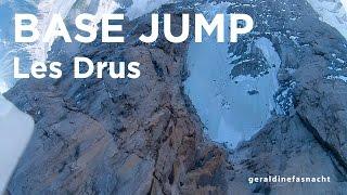 9112_ Le Petit Drus Chamonix Mont-Blanc premier saut en base jump wingsuit Géraldine Fasnatch