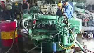 Detroit Diesel 2-stroke V8 start and run (idle)