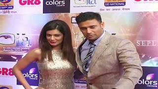 Download Video Payal Rohatgi in Golden Gown looks Stunning at ITAA Awards!!! MP3 3GP MP4