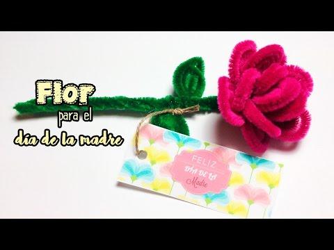 Flor hecha con limpia pipas para el d a de la madre idea for Decoracion para el dia de la madre