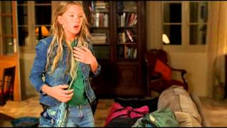 Swimming Pool - Official Trailer (2003)