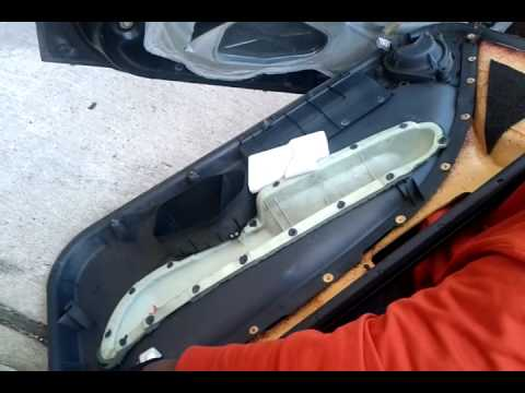 96-00 Honda Civic Door panel handle lock removal